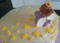Torte Engel
