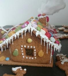 Lebkuchenhaus Gingerbread house Torte Haus