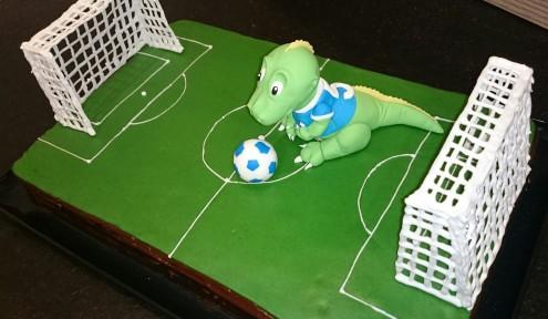 Fußball Dino Torte Motivtorte Fußballtore Fondant