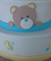 Torte Taufe Junge Bär.jpg